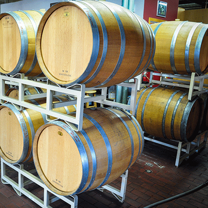 northern vineyards wine barrels